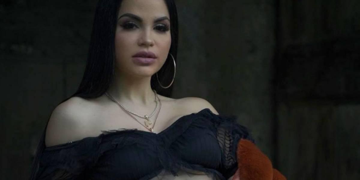 El video de Natti Natasha cantando 'a capella' y sin maquillaje