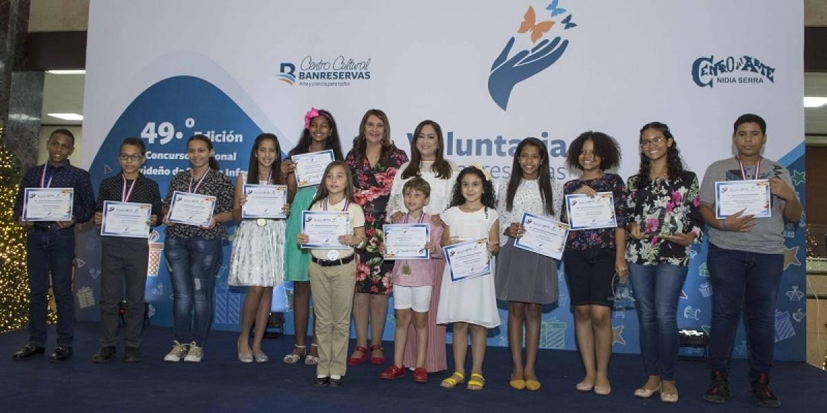 Voluntariado Banreservas premia a 91 niños en concurso de pintura infantil