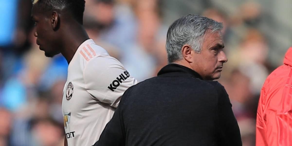 Manchester United multa a Pogba por su mensaje en redes sociales tras despido de Mourinho
