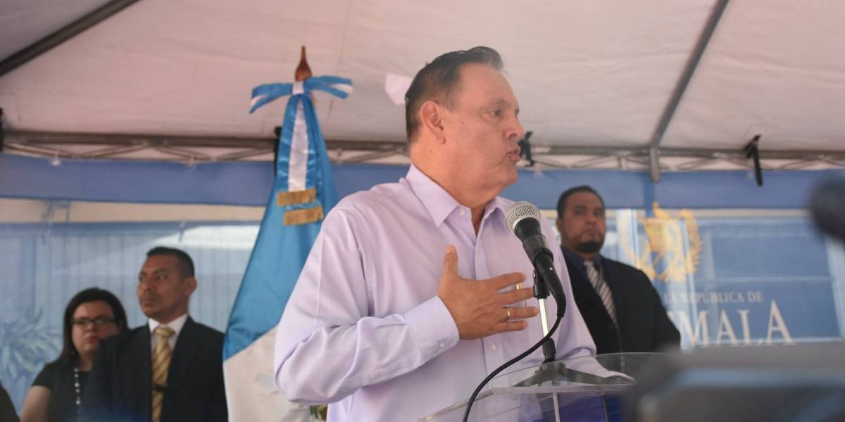 Ministro de Salud justifica incumplimiento de acuerdo con sindicalistas