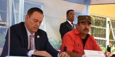 Ministerio de Salud firma acuerdo con sindicalistas