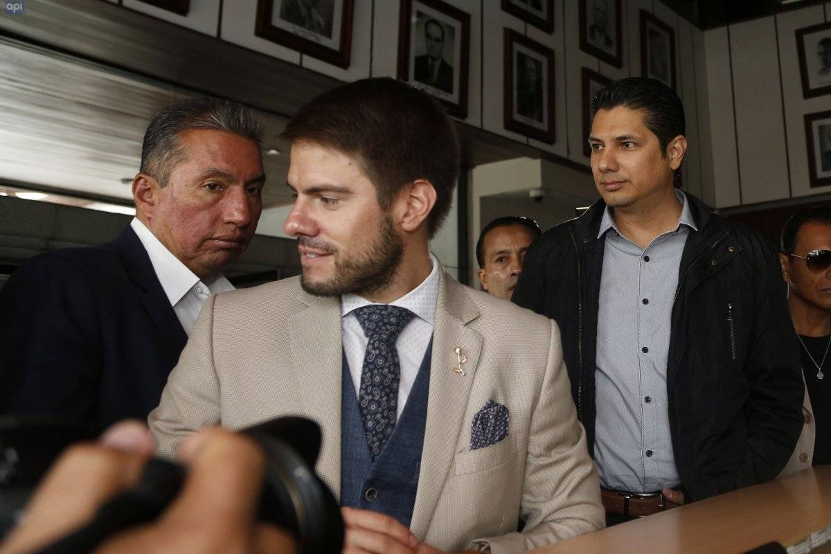 Balda presentó nueva petición para que Ecuador pida a Interpol arresto de Correa API
