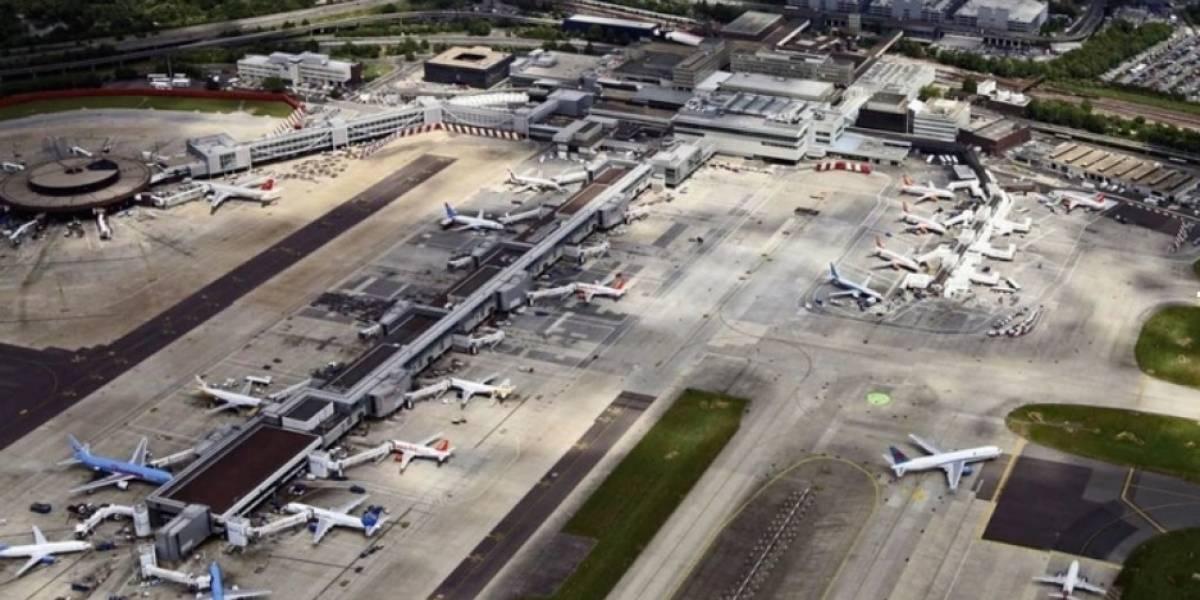 Caos en Londres: Extraños drones obligan a paralizar uno de los principales aeropuertos