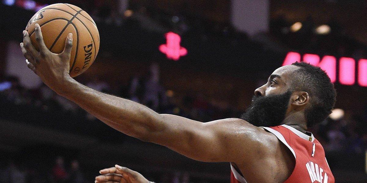 Los Rockets impusieron una nueva marca de triples en la NBA