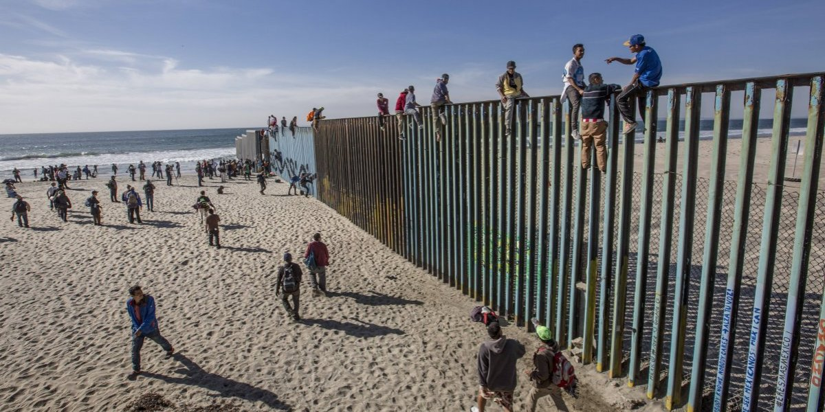 México aceptará algunos migrantes extranjeros deportados por EU