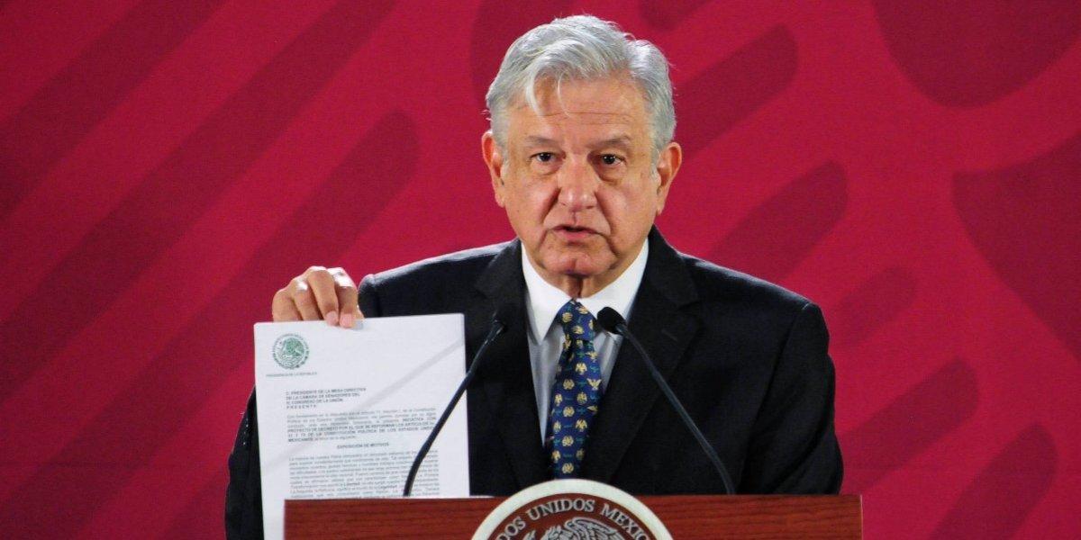 Esto revela la firma de López Obrador de su personalidad