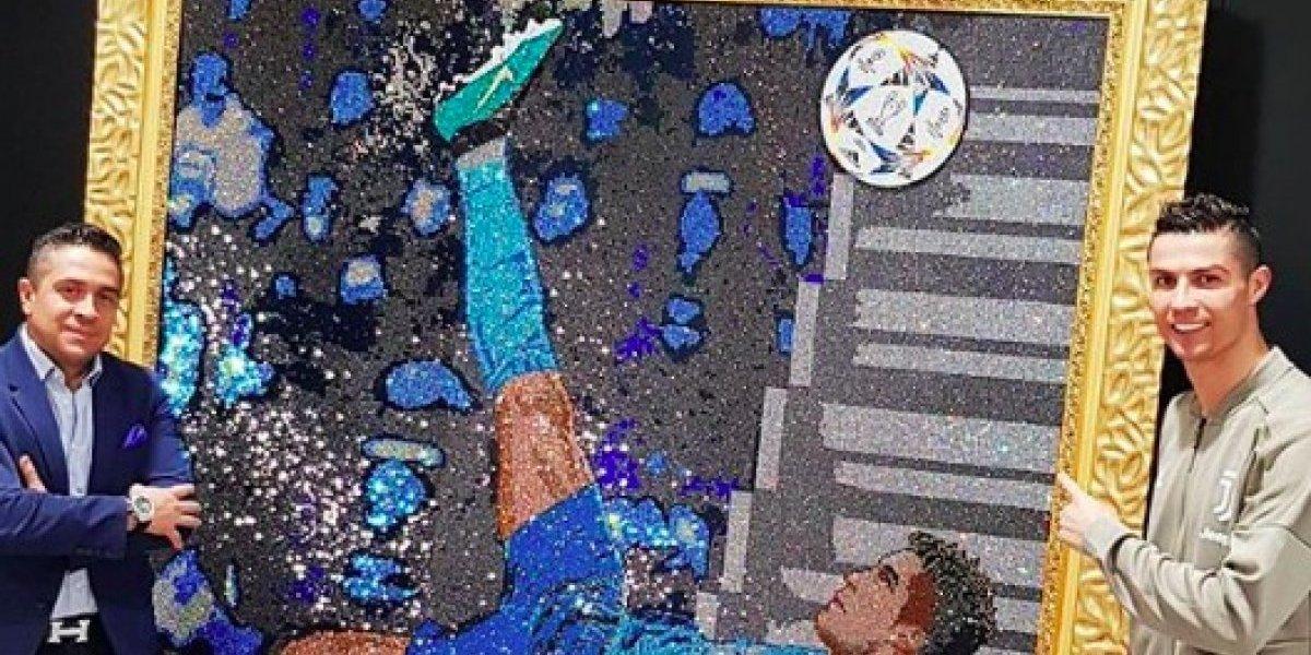 VIDEO: Inmortalizan la increíble chilena de CR7 en un cuadro de cristales Swarovski
