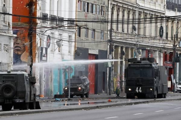 Paro portuario: alcalde de Valparaíso anunció respaldo a comerciantes afectados por esta medida