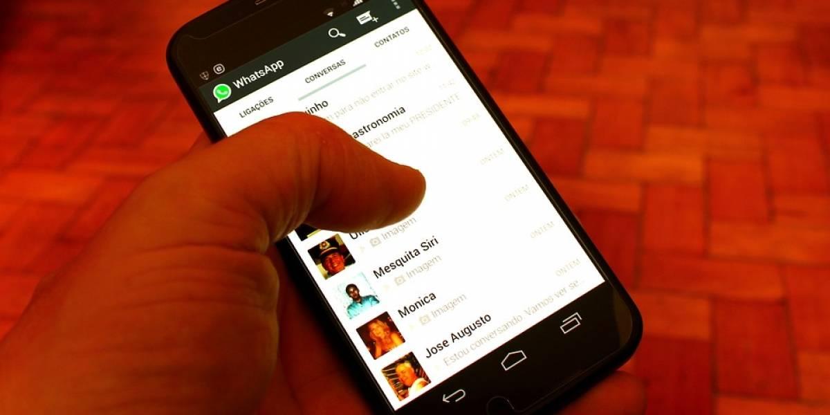 O que significa 'Aguardando por mensagem. Pode ser que isto demore um pouco' no WhatsApp?