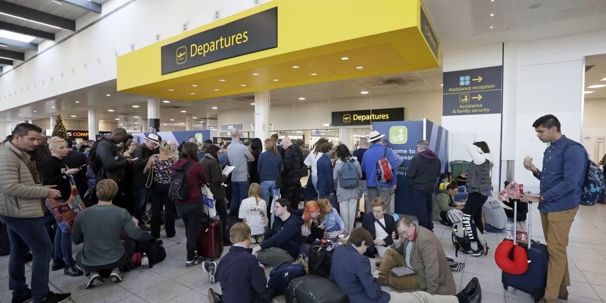 Tras 36 horas de caos y sin culpables: aeropuerto Gatwick de Londres reanuda vuelos tras cierre por drones