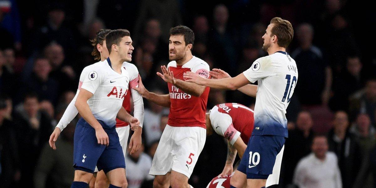 Arsenal y Tottenham multados por mal comportamiento en el Derbi