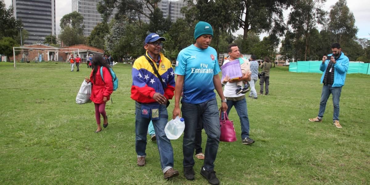 Venezolanos en Bogotá se manifiestan contra la posesión de Maduro