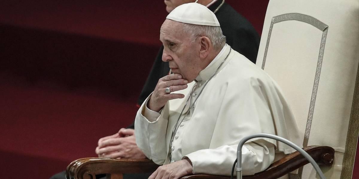 El papa alerta de una colonización ideológica que busca alienar a la persona