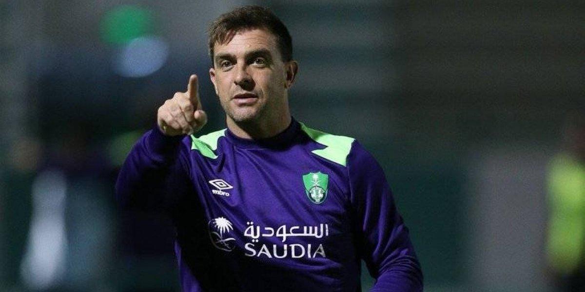 Pablo Guede perdió el clásico en Arabia y podría ser despedido de Al-Ahli
