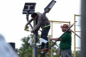 MUNICIPIO DE SAN JUAN ENCAMINA TRABAJOS PARA MOVERSE A LA ENERGÍA RENOVABLE EN LA PLAZA DEL MERCADO DE RIO PIEDRAS