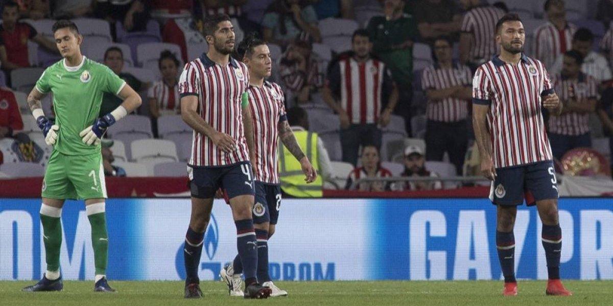 Crisis de Chivas no deja dormir al capitán rojiblanco Jair Pereira
