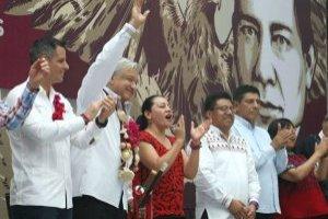 AMLO promete mayores apoyos para pueblos indígenas