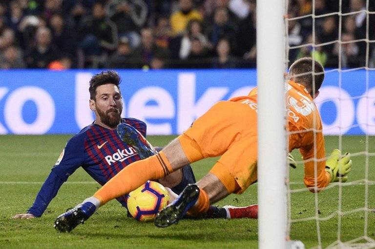 Messi aportó el segundo tanto para el Barcelona. AFP