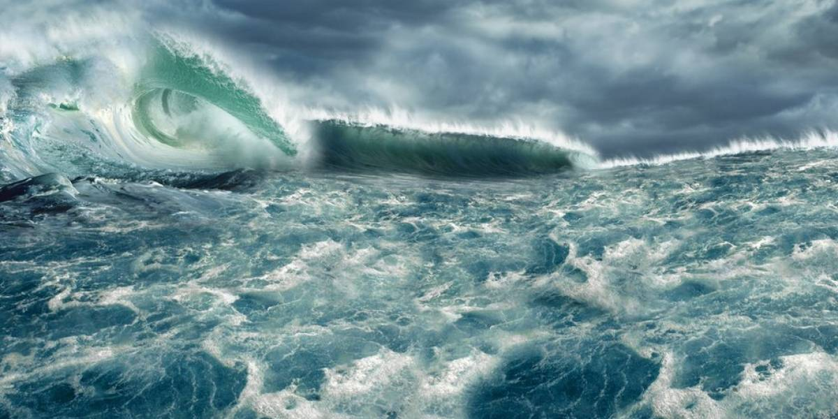 A história do tsunami que decidiu uma guerra na Grécia antiga