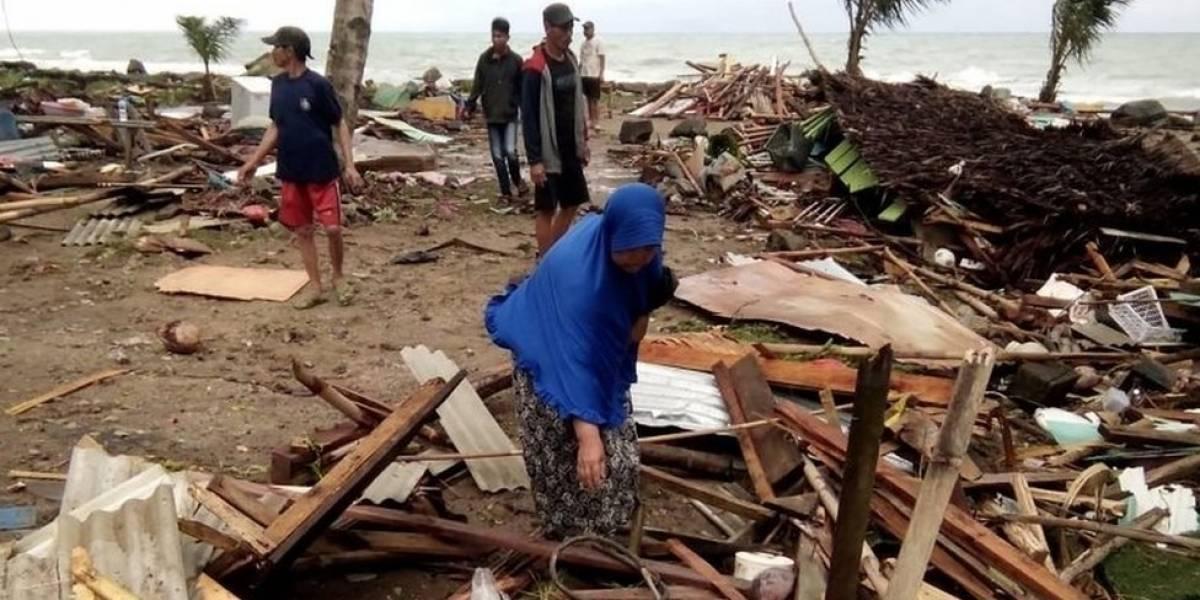 Aumenta cifra de muertes por tsunami en Indonesia