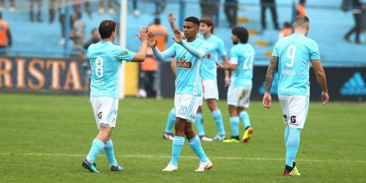 En Perú aseguran que Colo Colo hizo una oferta por la gran promesa del Sporting Cristal