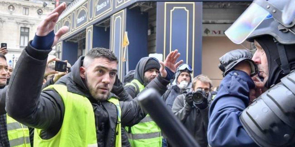 "Juez libera a líder de los ""chalecos amarillos"" en Francia"