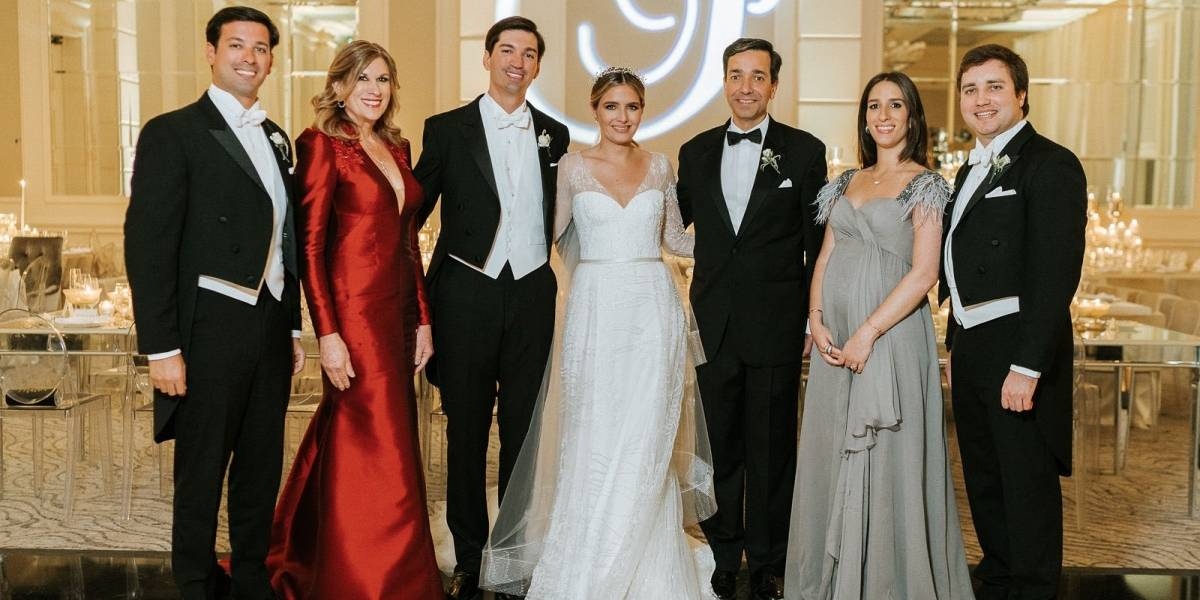 Fortuño expresa su felicidad tras boda de su hijo