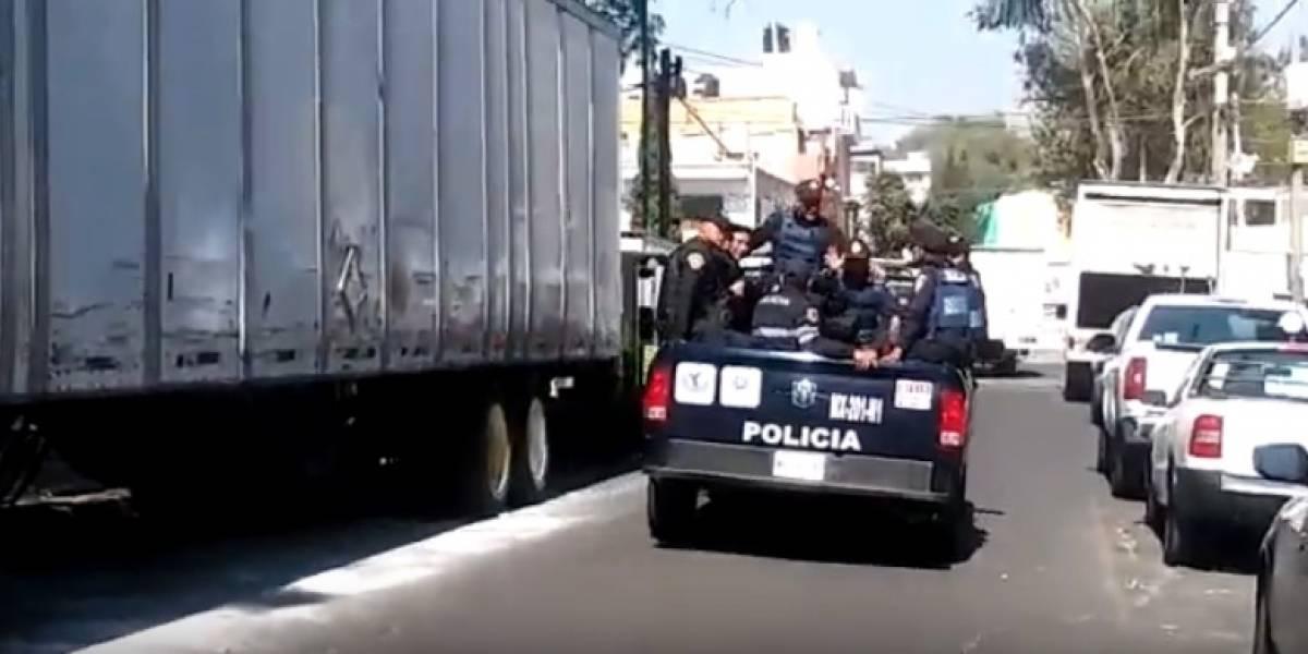 Riña 'navideña' deja cuatro policías heridos en Venustiano Carranza