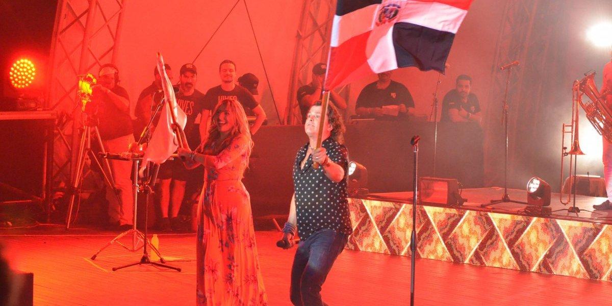 Carlos Vives destiló amor patrio y emoción en Puerto Plata