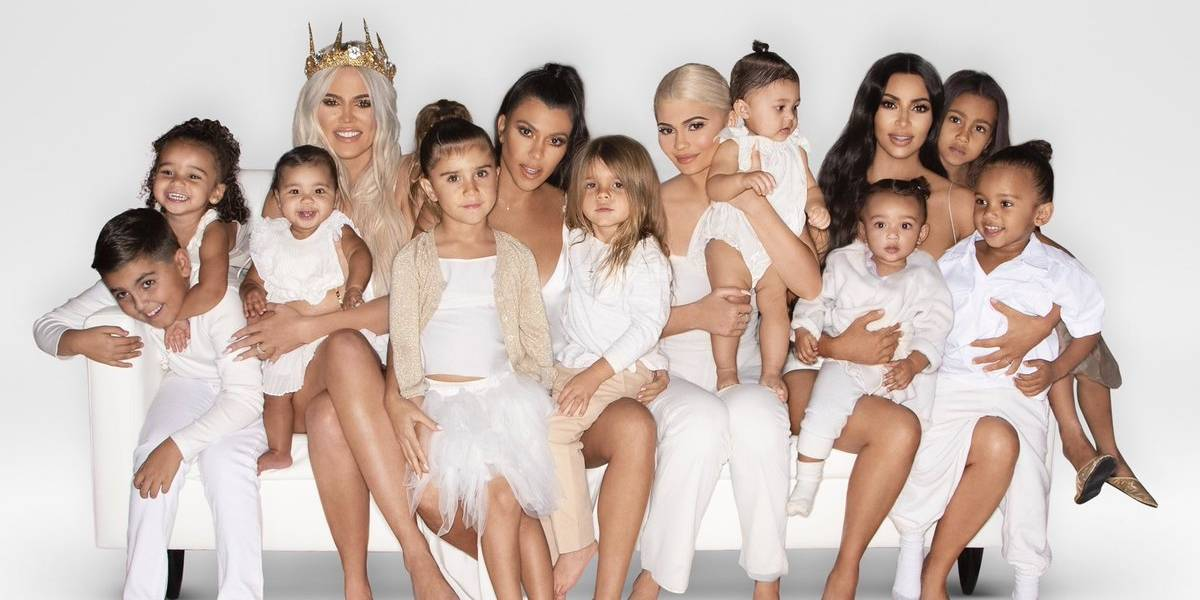 Publican la foto de Navidad del clan Kardashian