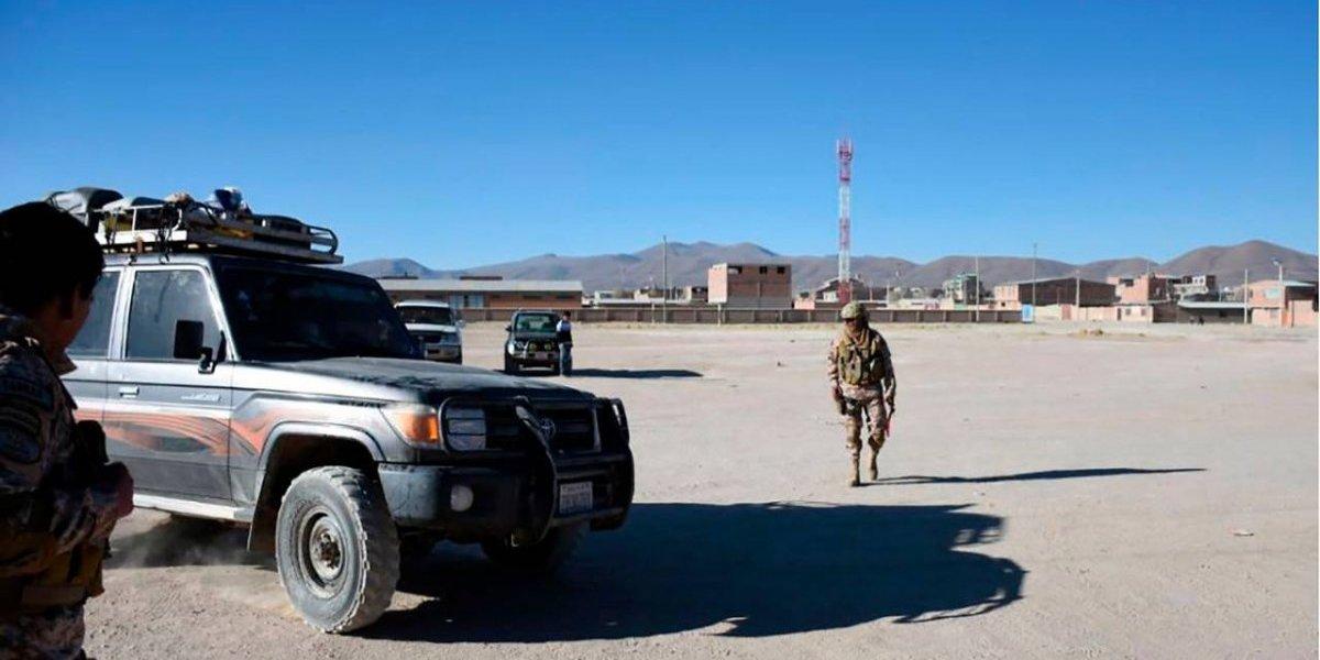 """Gobierno de Evo le echa la culpa a Chile por contrabando en Bolivia: """"Estamos solos controlando"""""""
