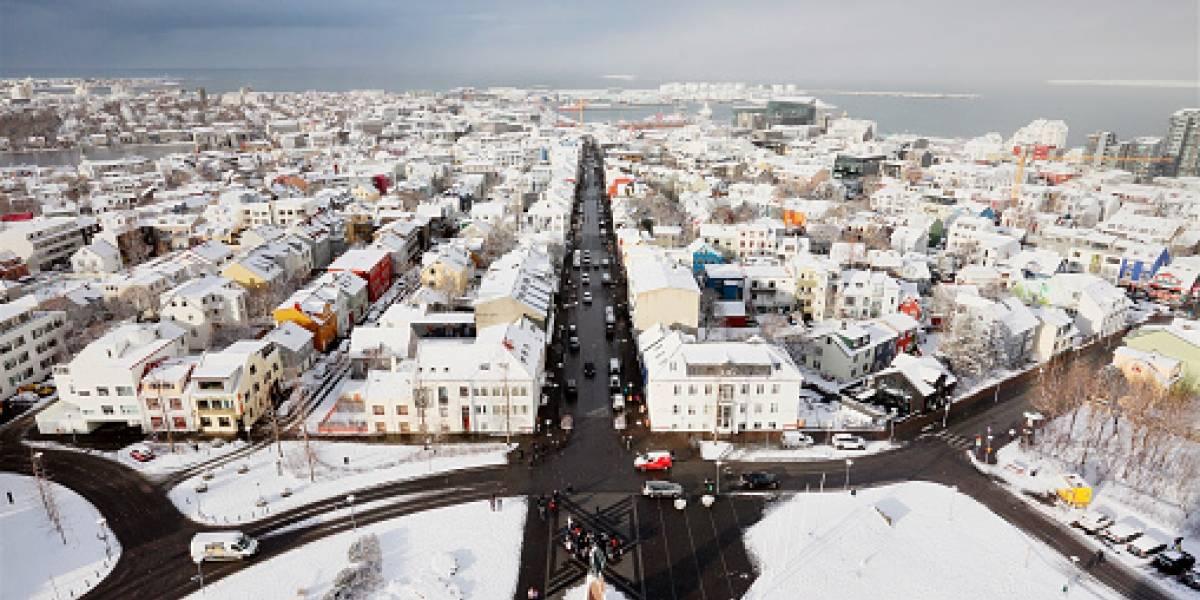 Regalando libros y leyendo durante toda la Nochebuena: así se disfruta y vive la Navidad en Islandia