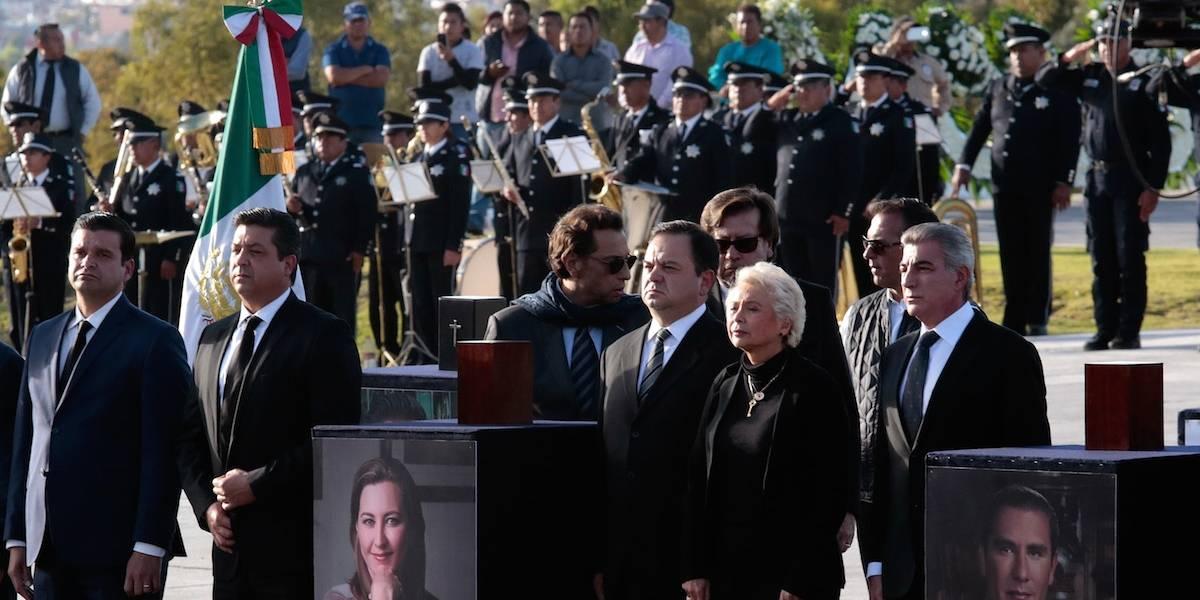 Gritan ¡Justicia, justicia! en homenaje de Alonso y Moreno Valle