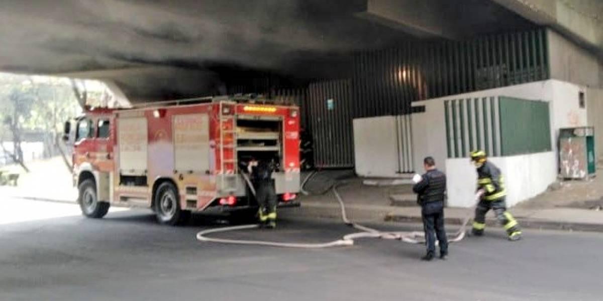 Se registra incendio bajo puente de Ejército Nacional