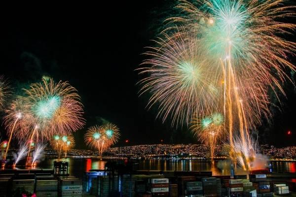 """""""Bombas Fantasma"""": así sorprenderán en el Año Nuevo en Valparaíso"""