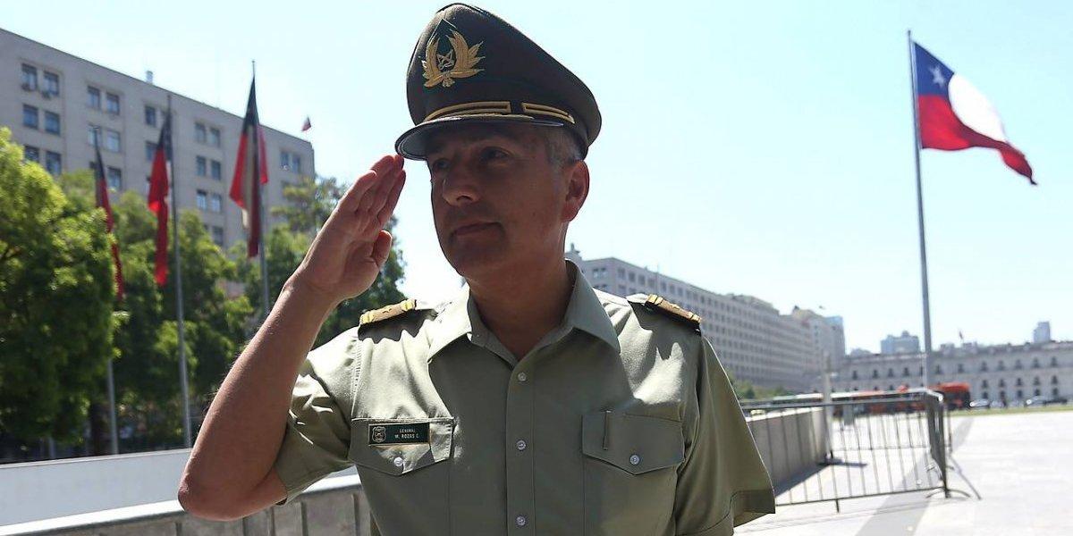 """General Rozas por renuncia de su esposa a Carabineros por probidad: """"Ella siempre me ha apoyado en desmedro de su carrera"""""""