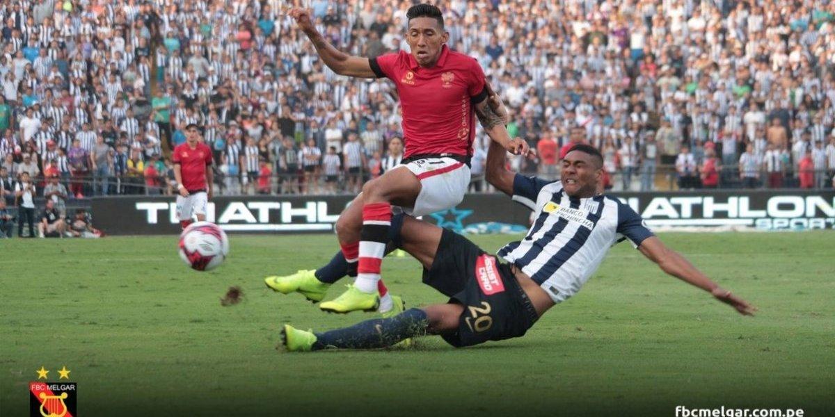 Los grandes de Perú se pelean por un Canchita Gonzales que debe definir su futuro en Colo Colo