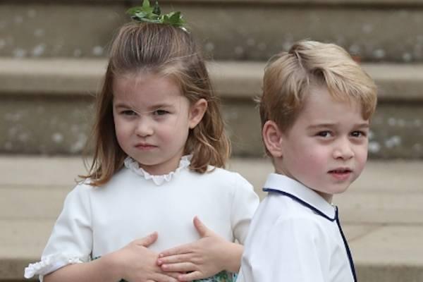 El príncipe George y la princesa Charlotte