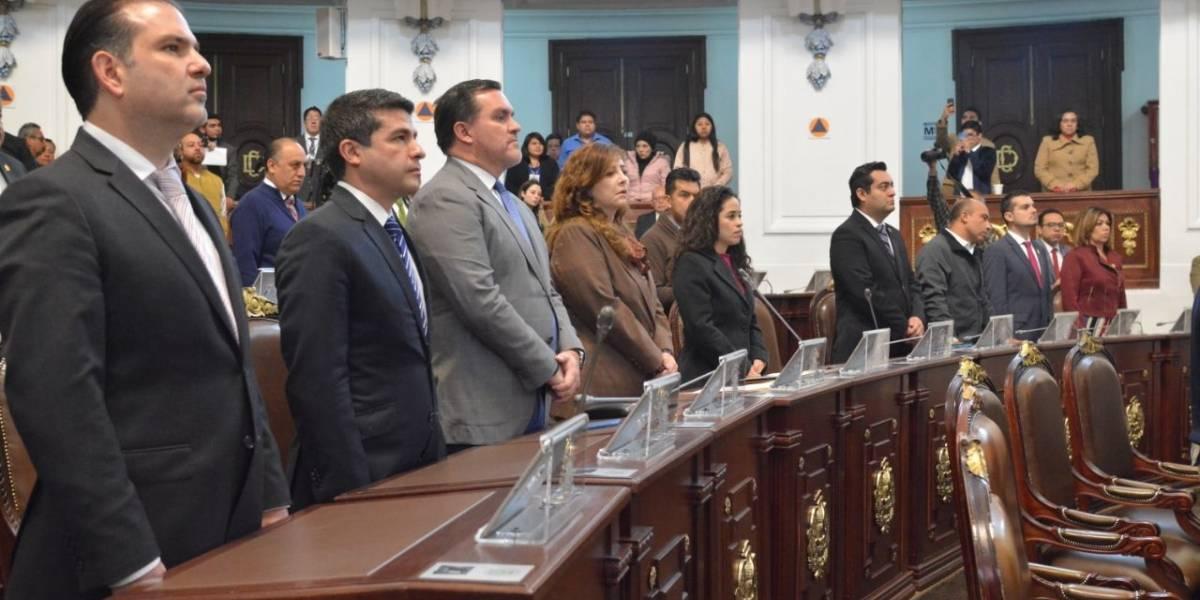 Congreso local guarda minuto de silencio en memoria de los Moreno Valle