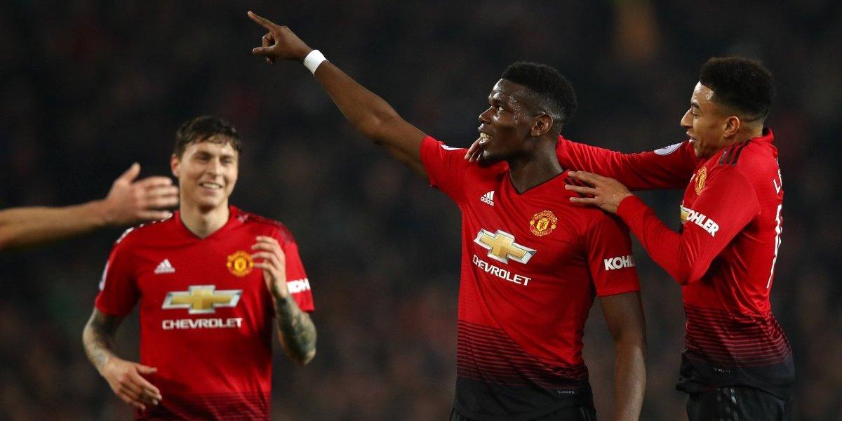 Doblete de Pogba le da triunfo al Manchester United