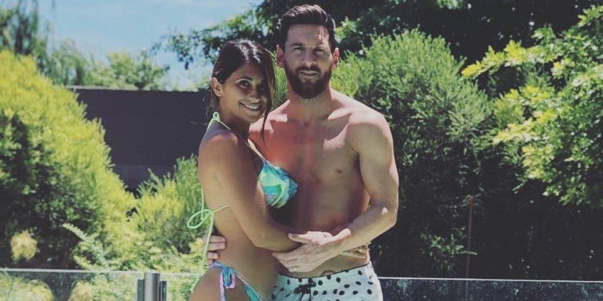 Messi presume vacaciones junto a Antonella