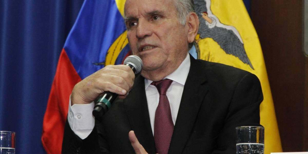 Santiago Cuesta presentó su renuncia al gabinete de Lenín Moreno