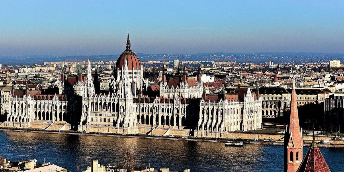 ¿Cómo obtener una beca para estudiar en Hungría?