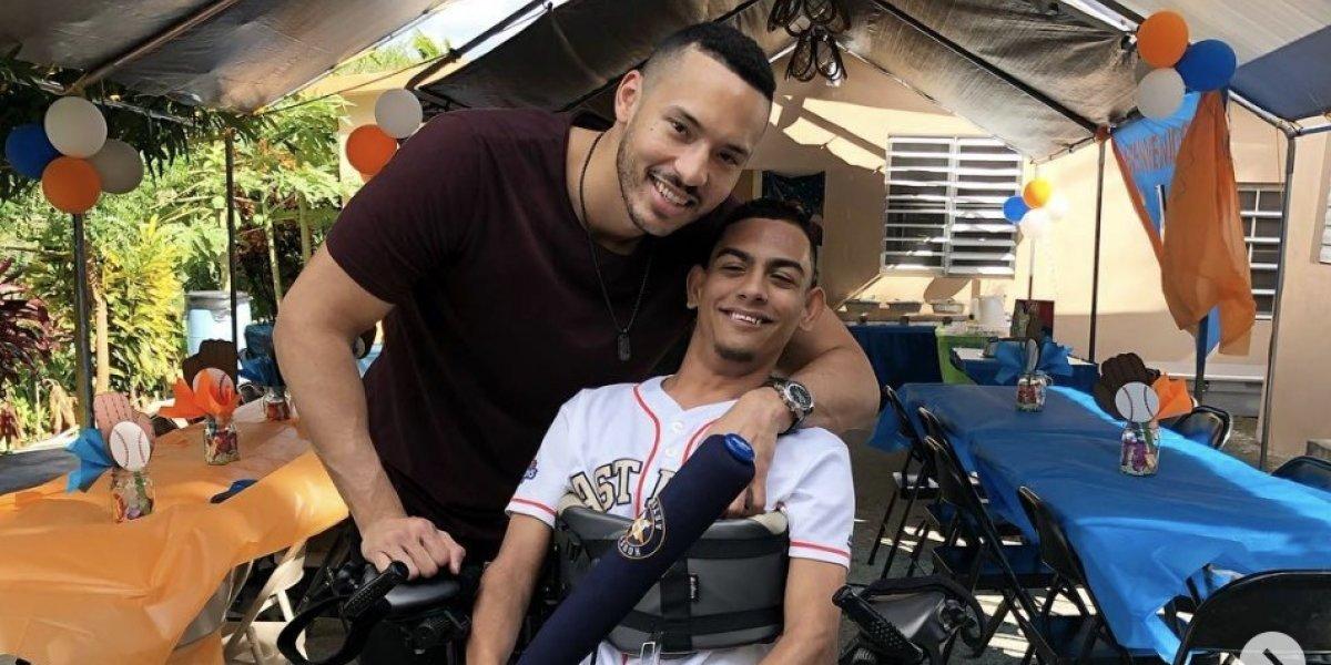 Carlos Correa sorprende a fanático en su cumpleaños