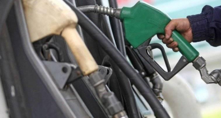 El galón de gasolina super también aumenta en gasolineras de Quito