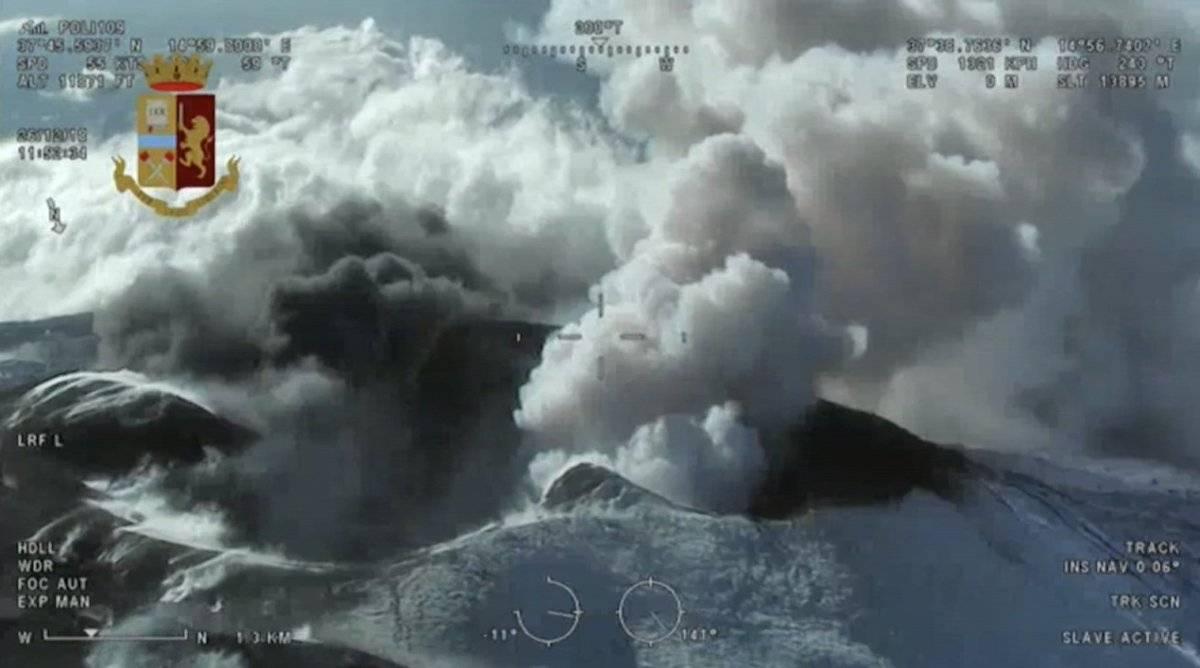 Sobrevuelo volcán Etna EFE