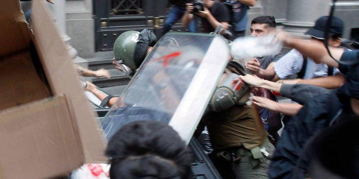 Ola de violencia contra Carabineros por asesinato de Catrillanca deja triste balance: van nueve funcionarios lesionados