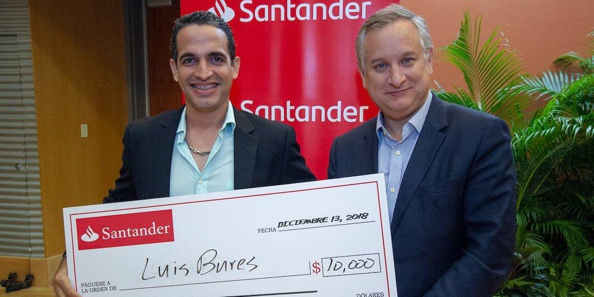 """Santander premia a joven por proyecto """"Sustentabilidad en la Economía Agrícola Nacional"""""""