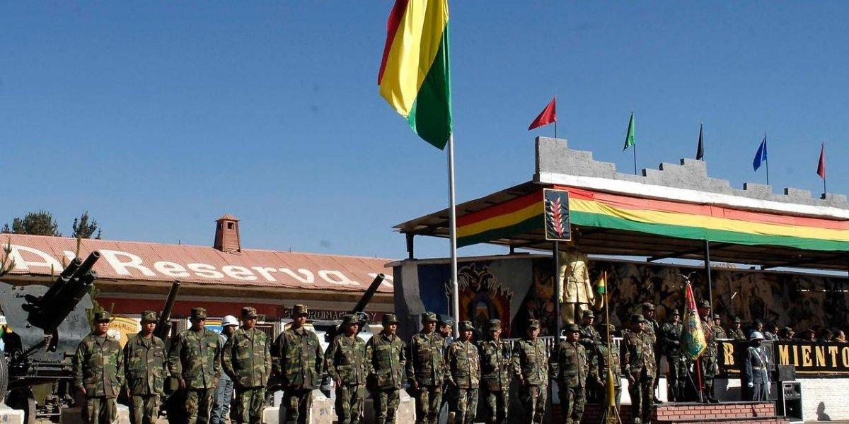 ¡Bolivia militarizó frontera con Chile! Evo situó a ejército de 8 mil soldados en el límite