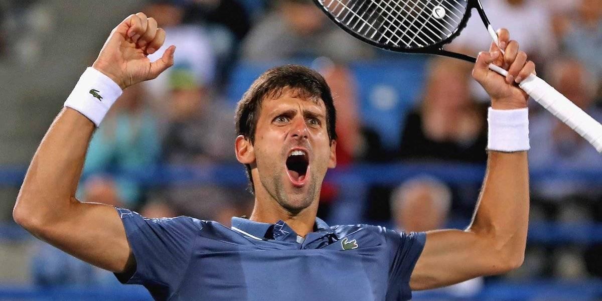 Djokovic cierra el año con campeonato en torneo de exhibición en Abu Dhabi